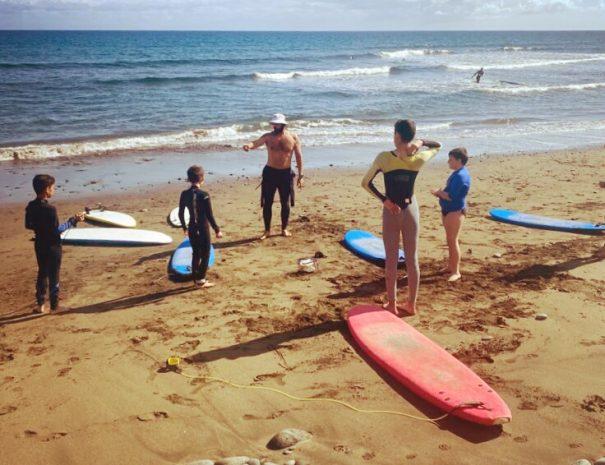 clase surf niños las palmas